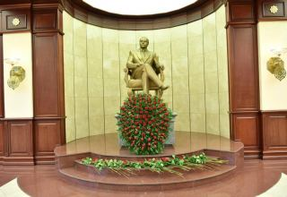 National leader Heydar Aliyev`s 98th anniversary marked at parliament (PHOTO)