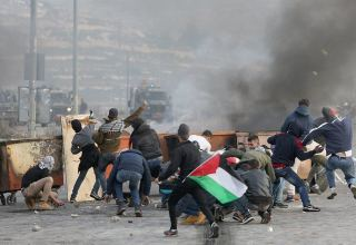 Over 610 Palestinians injured in clashes with Israeli police in East Jerusalem - newspaper