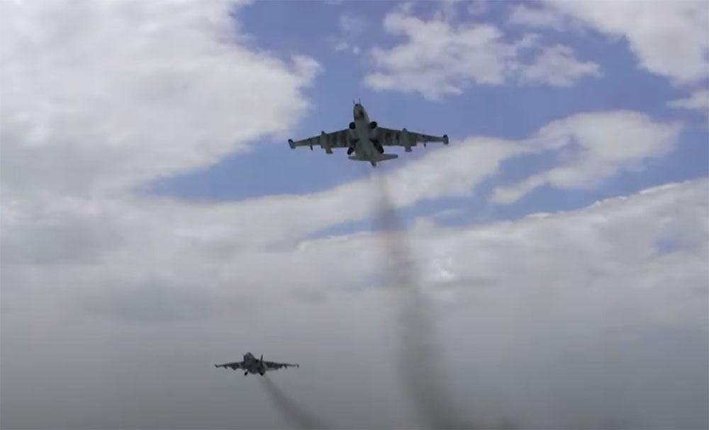 Авиасредства ВВС Азербайджана выполняют плановые учебно-тренировочные полеты (ФОТО)