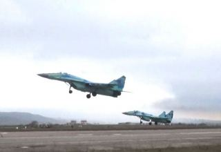 Azerbaijan using combat aircraft units in military exercises (VIDEO)