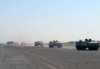 Azerbaijani Army's missile, artillery units heading for exercise areas (VIDEO)