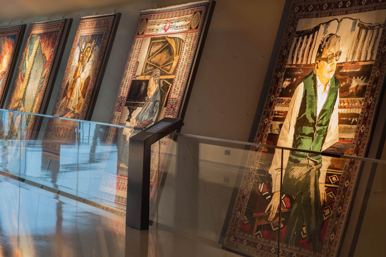 """Работы Таира Салахова в коврах. """"Было невероятно приятно наблюдать отношения с супругой, которую он трепетно любил"""" (ФОТО) - Gallery Image"""