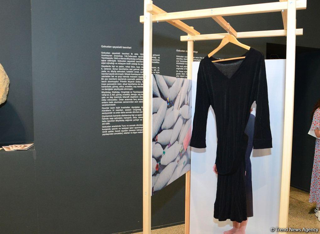 В Баку представлена оригинальная экспозиция устойчивой моды - будущее текстиля (ФОТО) - Gallery Image