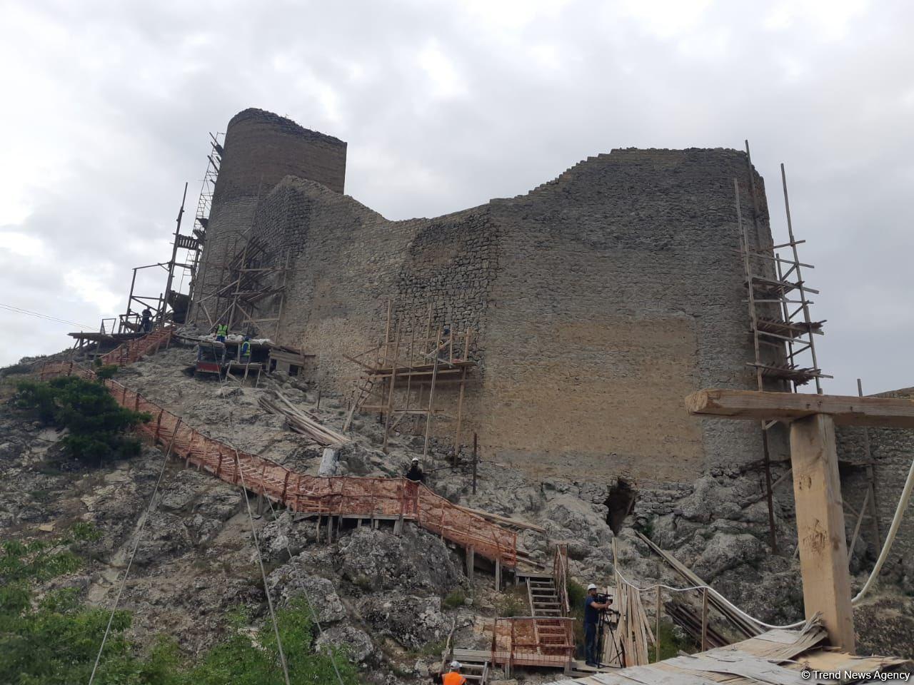 Восстановительно-консервационные работы в «Чыраг-гала» завершатся до конца года – Минкультуры Азербайджана (ФОТО)