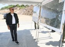 President Aliyev views ongoing work on bridge built over 'Victory Road' to Shusha (PHOTO) - Gallery Thumbnail