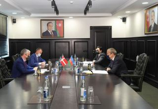 Azerbaijan invites Danish companies to benefit from country's favorable business climate (PHOTO)
