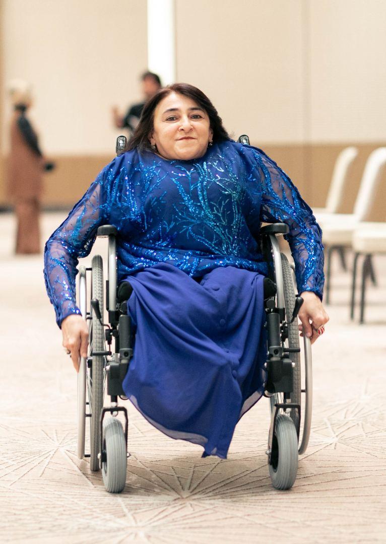 В Баку прошло дефиле адаптивной моды – мир красоты без границ и с удобством (ВИДЕО, ФОТО) - Gallery Image
