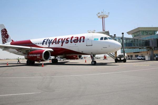 Казахстанский лоукостер FlyArystan выполнил первый рейс в Узбекистан