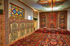 Love Story на фоне азербайджанских ковров XVII века - талисманы семейного благополучия (ФОТО) - Gallery Thumbnail