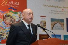 """""""Salam, Azərbaycan!"""" və """"Şəki - Gözəlliyin Sehri"""" kitablarının təqdimatı baş tutdu (FOTO) - Gallery Thumbnail"""