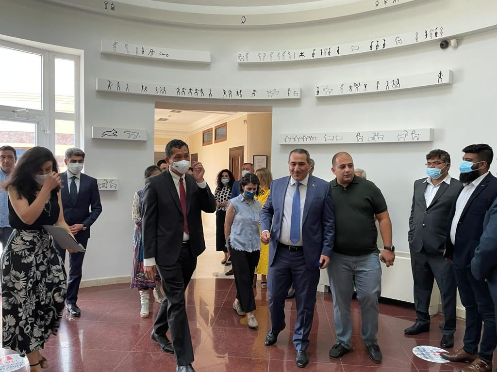 Indian embassy in Baku inaugurates Indian Gallery within Gobustan National Historical Artistic Preserve (PHOTO) - Gallery Image