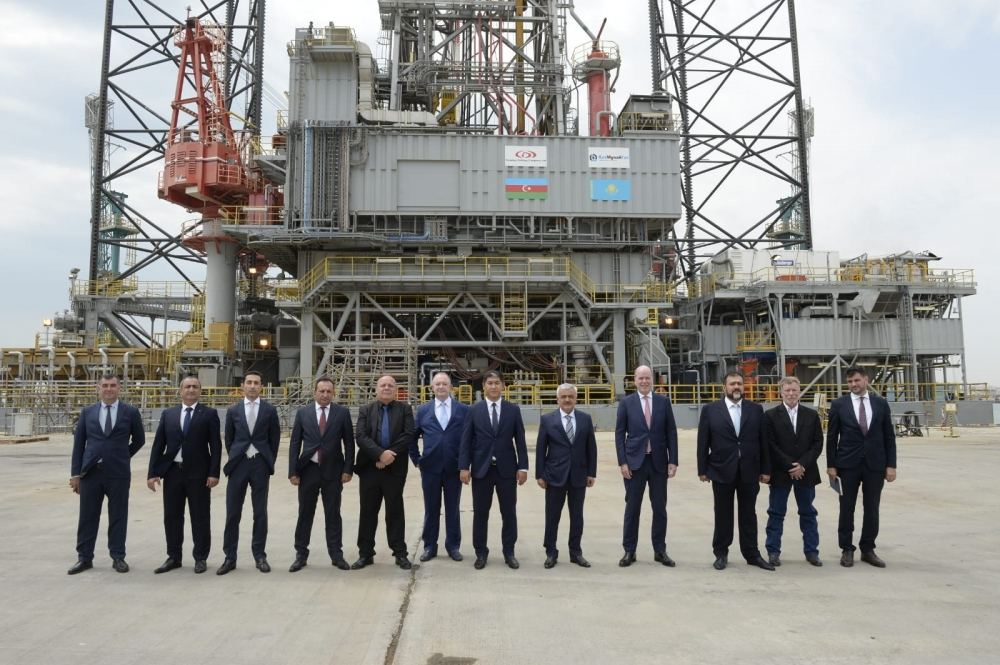 Azerbaijan commissions 'Satti' jack-up rig for drilling in Caspian Sea (PHOTO) - Gallery Image
