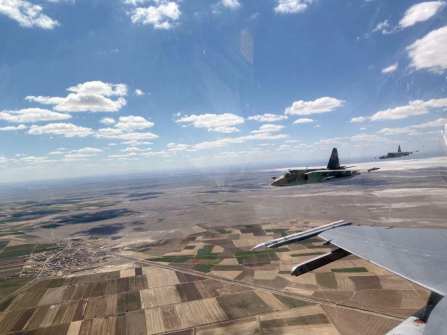 Боевые  самолеты Азербайджана и Турции совершили оперативные полеты (ФОТО/ВИДЕО) - Gallery Image