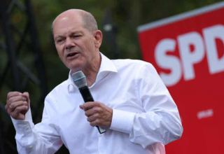 SDP's candidate for Chancellor says Germans want change