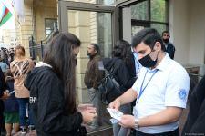 В БГУ объяснили причины скопления студентов перед корпусами вуза (ФОТО) - Gallery Thumbnail