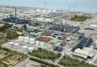 Iran's Lavan Oil Refining Company reveals products on sale at IRENEX