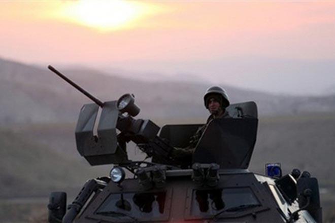 Türkiyə tanklarının daha bir hissəsi Suriya sərhədini keçib