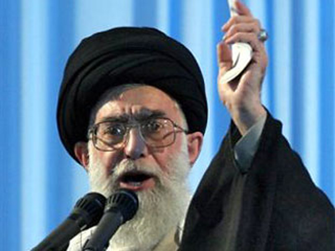 Photo: Iran's Leader warns supporters of Takfiri groups of repercussions / Iran