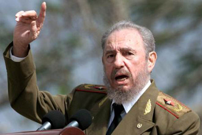 Photo: Fidel Castro appears in public for first time in months / Other News