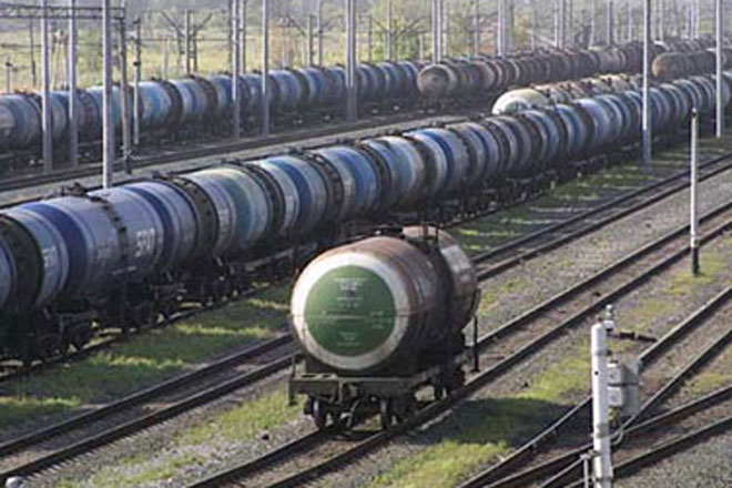Photo: Freight train accident in Azerbaijan leads to restrictions in traffic / Finance