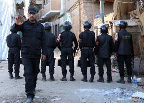 Photo: Egyptian police protest in Sinai, Cairo demanding weapons  / Arab World