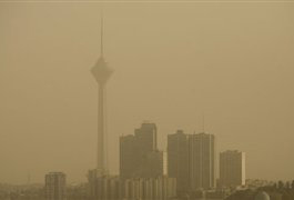 Photo: About 2700 people in Tehran die each year of air pollution / Iran