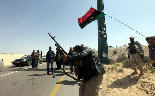 Photo: Suicide bomber hits rogue Libyan general's forces
