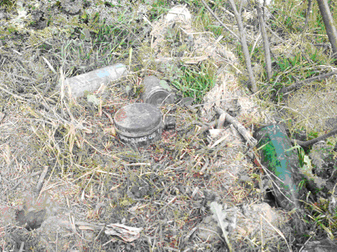 Photo: Armenian separatists claim to mine all paths from Azerbaijan to Kalbadjar district 