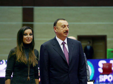 Photo: Azerbaijani President and First Lady awarded with cossacks' highest awards  / Society