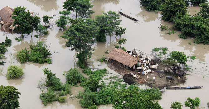 Photo: 21 dead, 31 missing in floods, mudslides in northern India / Other News