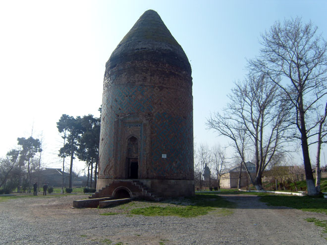 Photo: Iran condemns monument destruction in Nagorno-Karabakh by Armenians / Politics