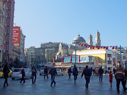 Photo: Istanbul Taksim Square - not place for holding rallies / Politics
