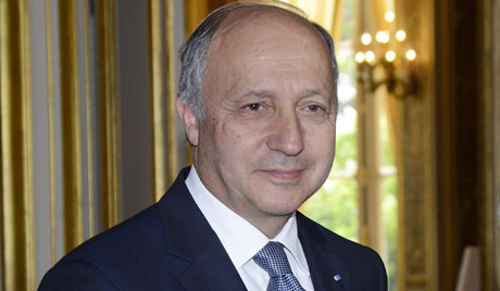 Photo: French FM visits Cuba / Politics