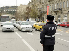 Photo: Movement and traffic in Baku stopped for a minute due to Black January anniversary / Society