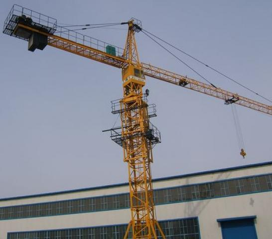 Photo: Two people killed after crane collapse in Tehran  / Other News