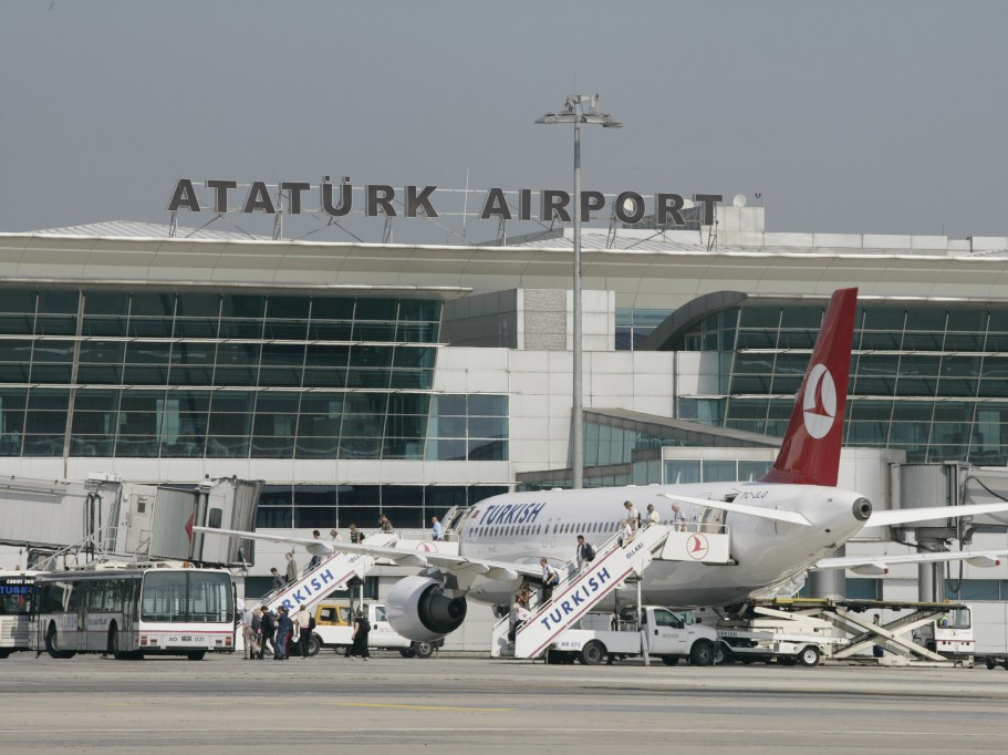 Photo: Incident occurs at Istanbul's Ataturk Airport / Turkey