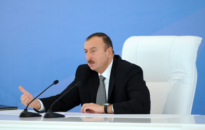 Photo: Azerbaijani President: Fighting corruption and bribery must be strengthened / Finance