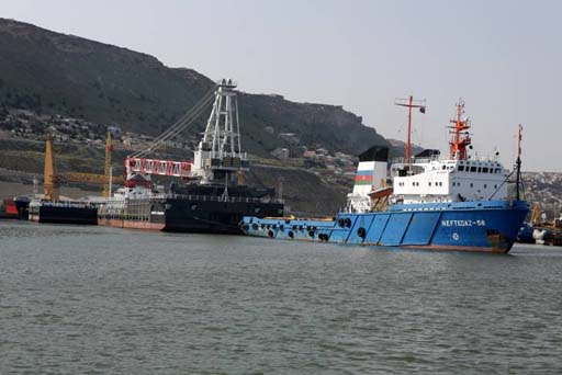 Photo: Azerbaijani ships transport cargo via Caspian Sea without problems