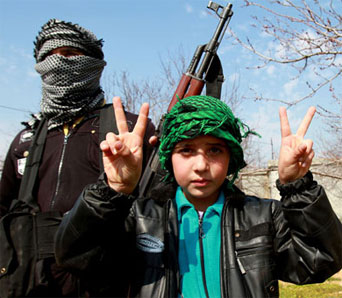 Photo: 'Child soldiers' recruited by Syria rebel groups, says HRW