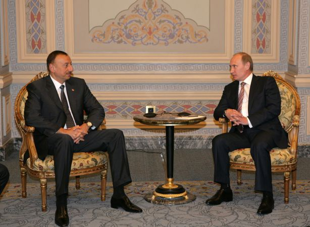 Photo: Azerbaijani, Russian presidents discuss settlement of Nagorno-Karabakh conflict / Politics