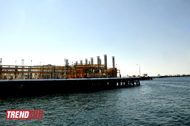 Photo: SOCAR commissions new oil well in Caspian Sea / Oil&Gas