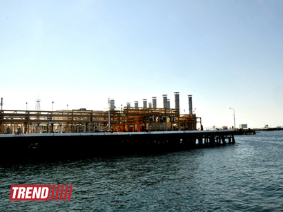 Photo: SOCAR constructing enlarged oil-gathering station at offshore field