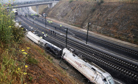 Photo: Several injured in train derailment in Iran  / Iran