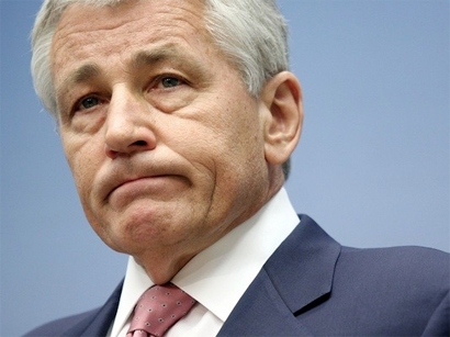 Photo: Hagel adds urgency to push for ethics crackdown / Politics