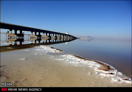Photo: Japanese experts to look for ways of saving Lake Urmia / Society