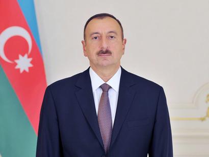 İlham Əliyev tacikistanlı həmkarını təbrik edib