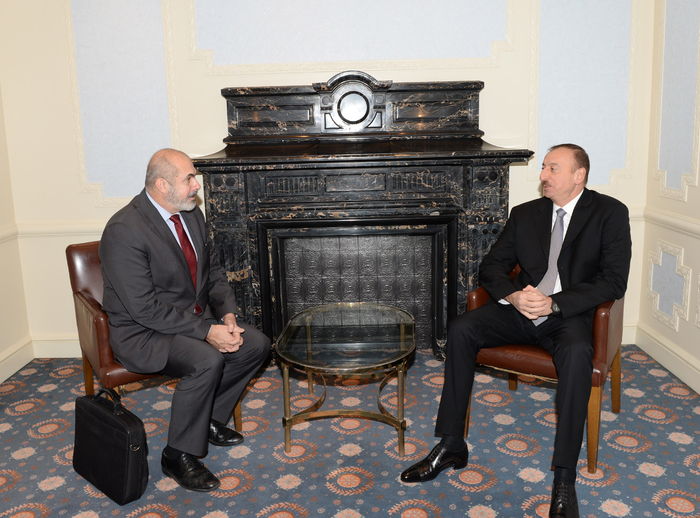 Photo: Azerbaijani president receives EU Special Representative for South Caucasus  / Politics