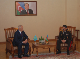 Photo: Azerbaijan, Kazakhstan discuss military cooperation  / Politics