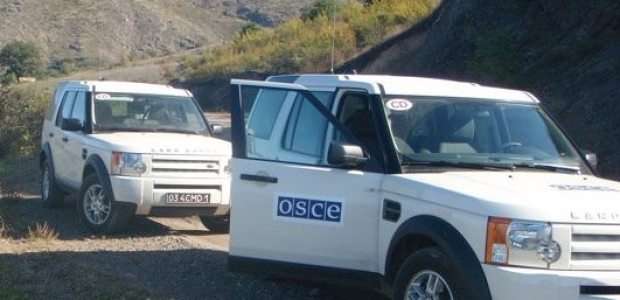 Photo: OSCE monitoring on contact line of Azerbaijani, Armenian armies passes without incident / Nagorno-karabakh conflict