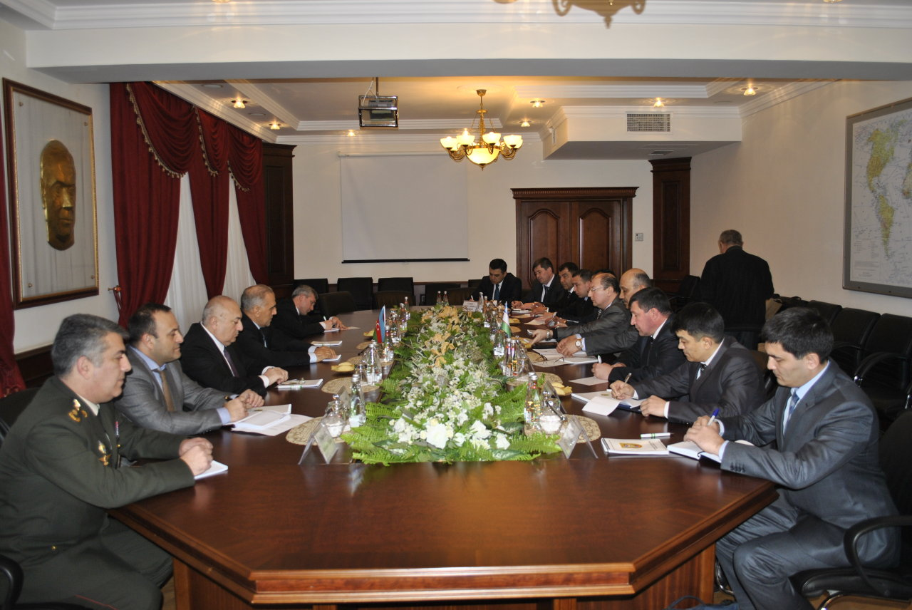 Photo: Uzbekistan interested in purchasing Azerbaijan's defense products
